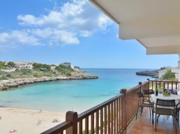 Mallorca front line apartment with terrace - Apartment in Felanitx