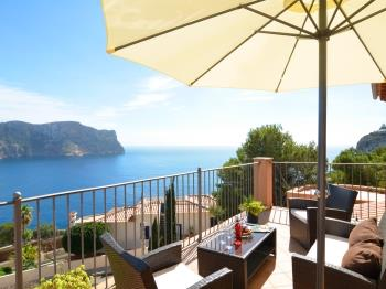 Villa with incredible sea views and pool sleeps 7 - Apartment in Andratx